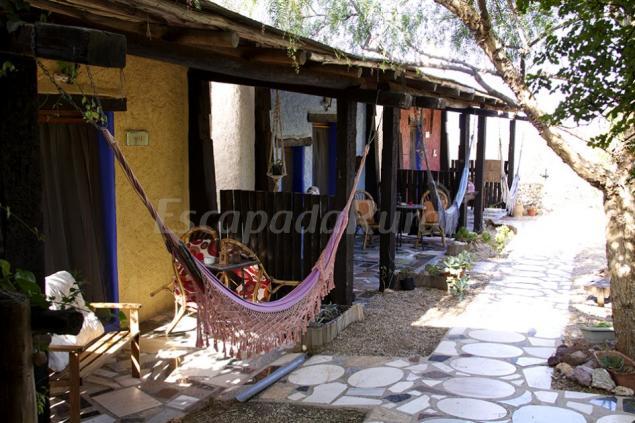 Casa rural campo feliz casa rural en la boca de los for 56 635