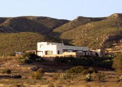 Casa rural ecológica Cortijo la Tenada (Almería)