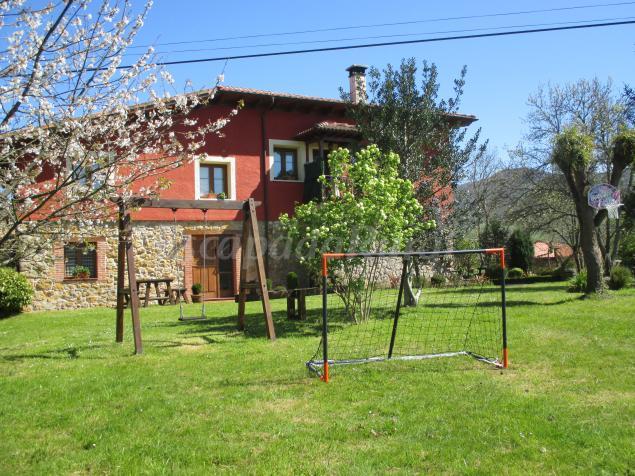 Casa de aldea el jondrigu casa rural en cangas de on s - Casas de aldea asturias ...