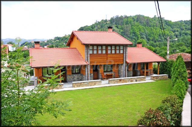 Apartamentos la casona de entralgo casa rural en laviana asturias - Casas rurales asturias 2 personas ...