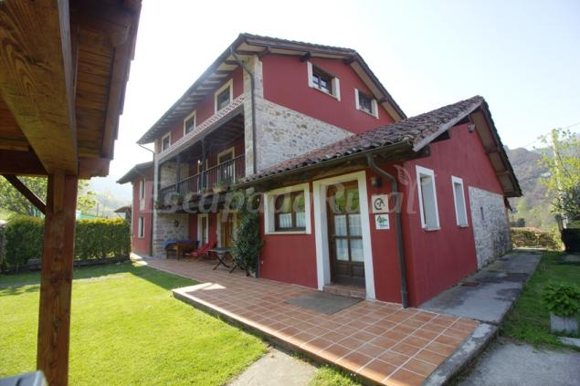 La casa del tesoro casa rural en cangas de on s asturias for Imagenes de parrilla para casa