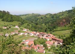 Viviendas Rurales Llamuñu  (Asturias)