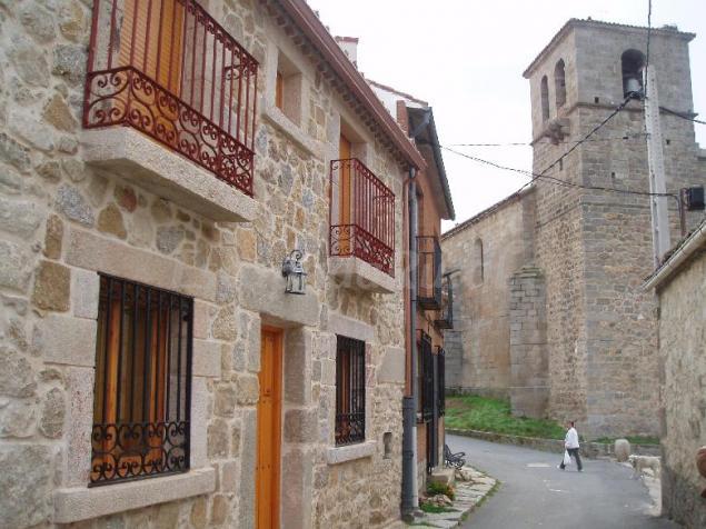 La plaza casa rural en villatoro vila - Casas rurales en avila baratas ...