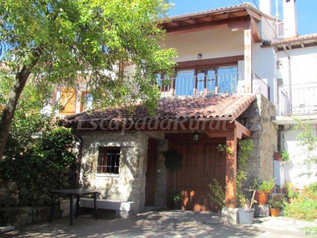 Casa rural la piedra del mediod a de gredos casa rural for Casa rural gredos