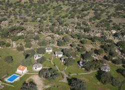 Los Chozos de la Roca (Badajoz)