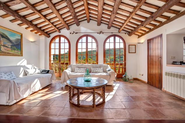 Masia can colomer casa rural en arenys de munt barcelona - Casas en arenys de munt ...