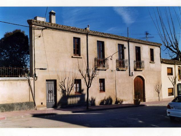 Cal manou casa rural en el pla del pened s barcelona for 56 635