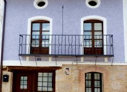 Casa Azul de la Ribera del Duero (Burgos)