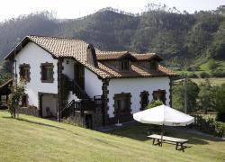 Apartamentos Rulolla (Cantabria)