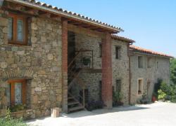 Allotjaments rurals Can puntí I, II, III  (Girona)