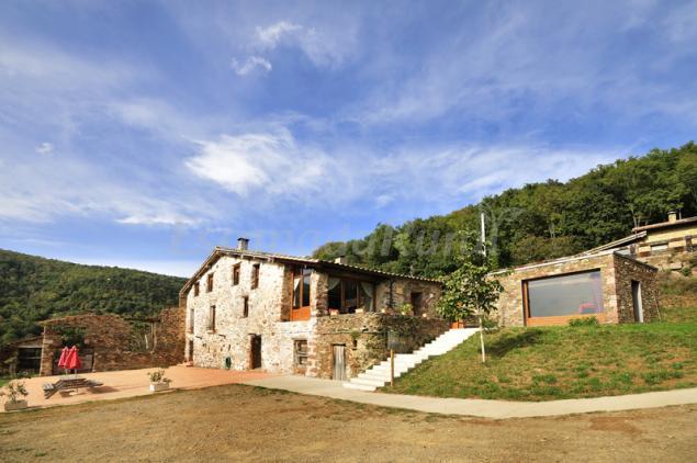 Casa rural can soler y can simonet de rocabruna casa - Can caponet casa rural ...