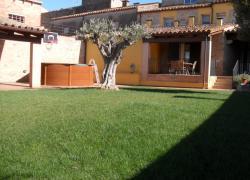 Cal Ros de Calabuig - Casa Ros  (Girona)