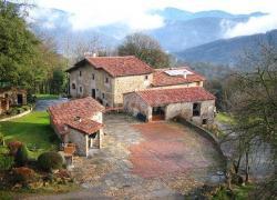 Mas Molera i Apartaments Rurals (Girona)
