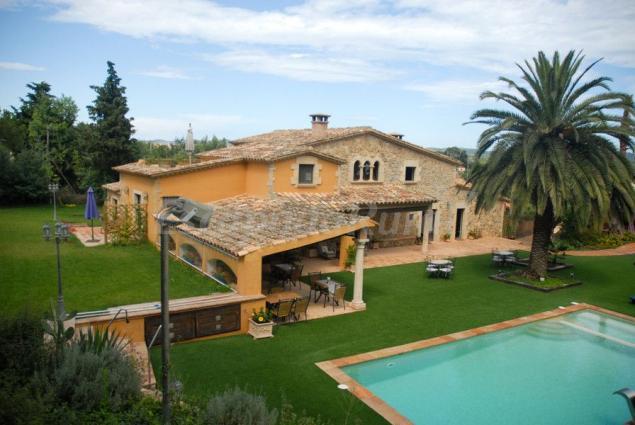 Casa mas molines casa rural en mont ras girona for Casa rural girona piscina