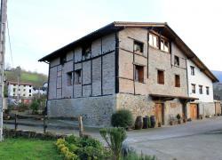 Agroturismo y apartamentos Ondarre (Guipúzcoa)