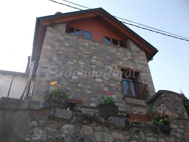 La bordeta remondillo casa rural en san juan de plan huesca - Casa rural huesca jacuzzi ...