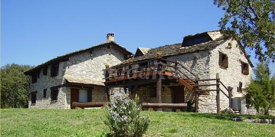 Casa sobre roca casa rural en coll de narg lleida - Canciones de cuna torrent ...