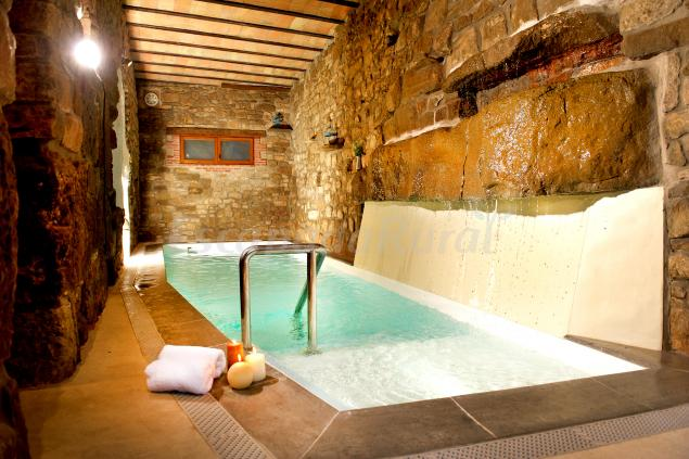 Cal domingo casa rural en bellver d 39 oss lleida - Casas rurales lleida piscina ...