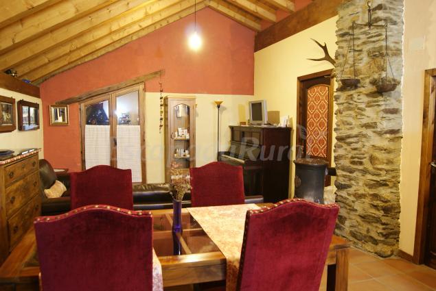 Fotos de casa fonte   casa rural en llavorsí (lleida)