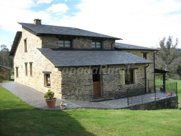 Casa carballeira casa rural en ribadeo lugo - Casa rural para 2 ...