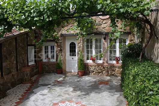 La casona del jard n casa rural en la fuente de san for Casa rural jardin del desierto
