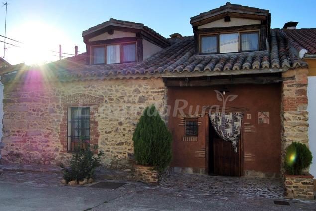 Fotos de casa rural las barrosas casa rural en carrascal del obispo salamanca - Casa rural salamanca jacuzzi ...