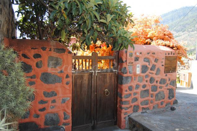 Fotos de casas sombrero pico casa rural en el paso santa cruz de tenerife - Casas rurales en santa cruz de la palma ...