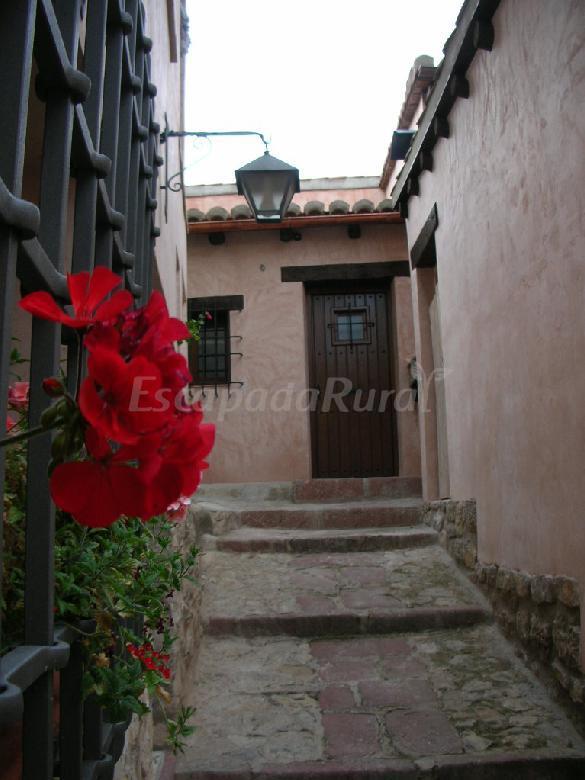 Fotos de apartamentos cine capicol casa rural en albarrac n teruel - Apartamentos en albarracin ...