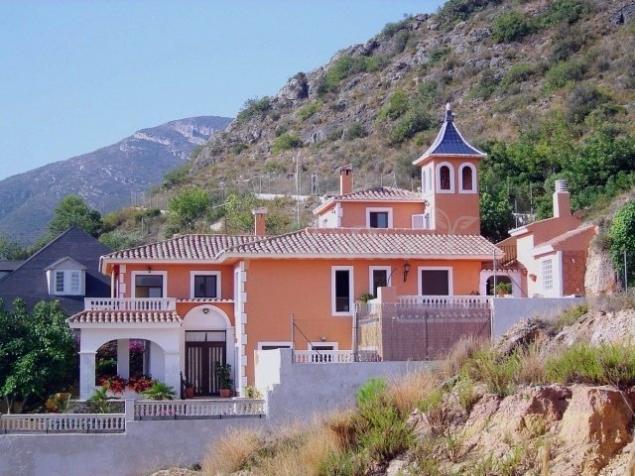Fotos de casa rural la torreta casa rural en corbera - Casas de pueblo en valencia ...