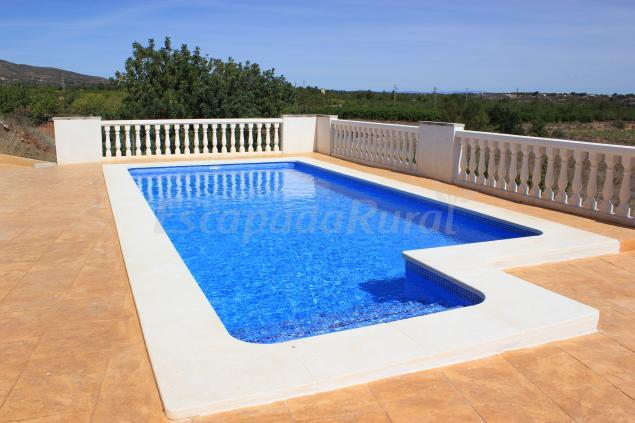 Casa sierra de chiva casa rural en chiva valencia - Costo piscina 8x4 ...