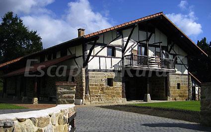 Pagaigoikoa casa rural en muxika vizcaya - Caserios pais vasco ...