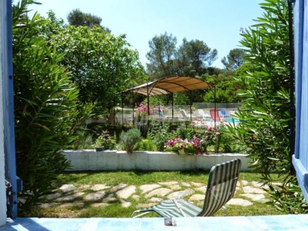 Le mas de l 39 ancre logement n mes gard - Jardin anglais terrasse nimes ...