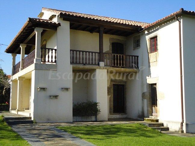 Fotos de pazo de mella casa cochera y casa lamelas casa rural en cambre a coru a - Casas en cambre ...