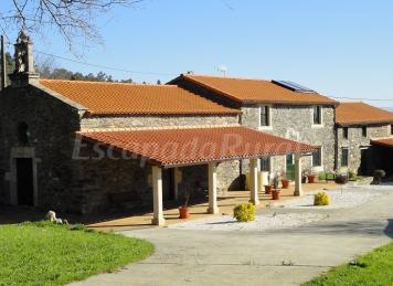 Pazo de Mella - Casa Cochera y Casa Lamelas