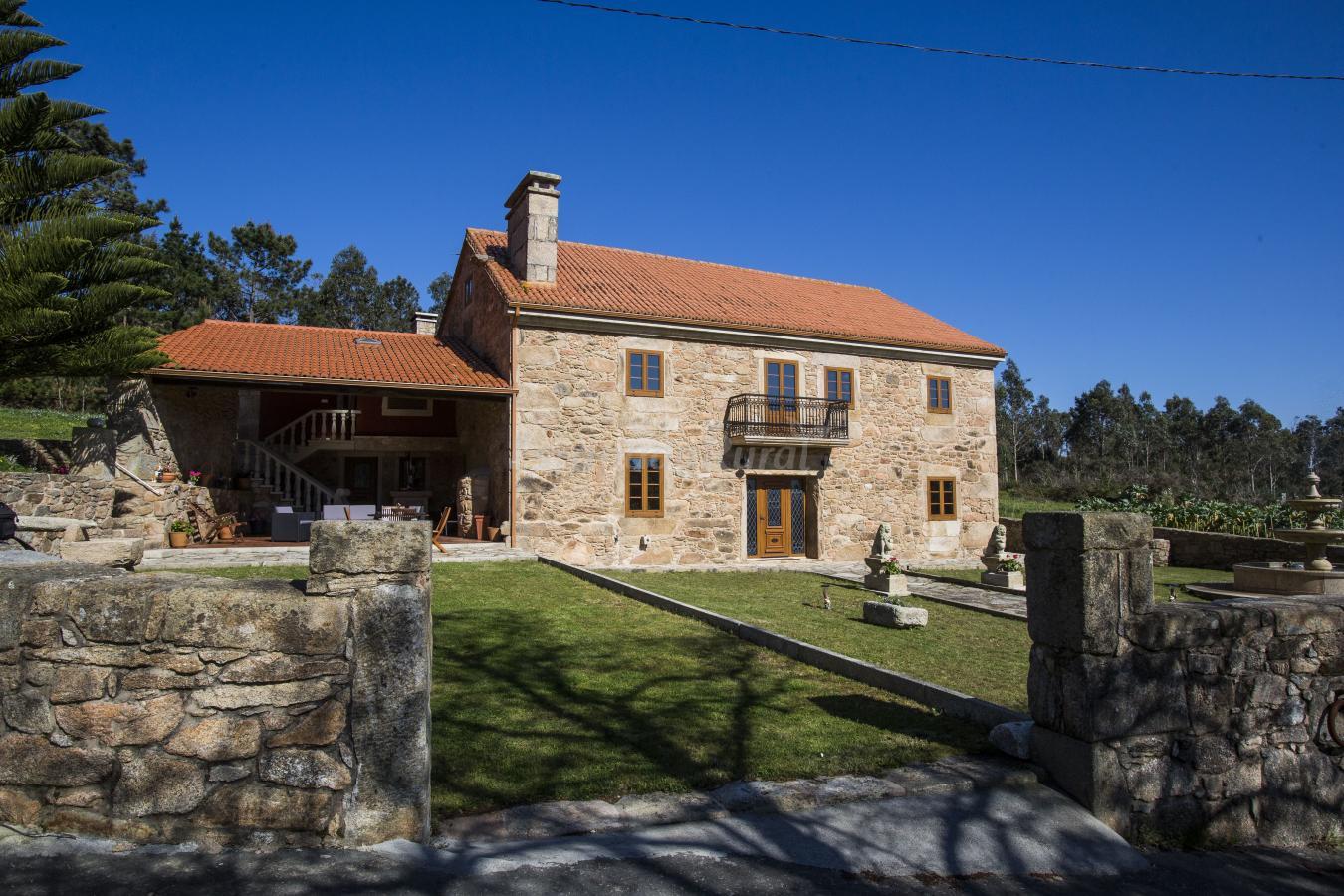 Fotos de a casa da gandara casa rural en camari as a - Casas en a coruna ...