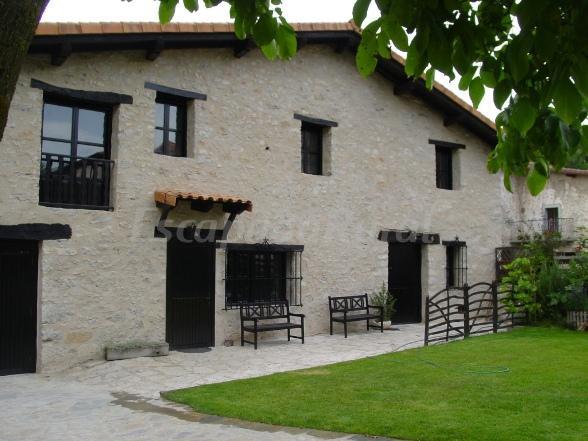 61 casas rurales en lava con chimenea for Casa rural con chimenea asturias