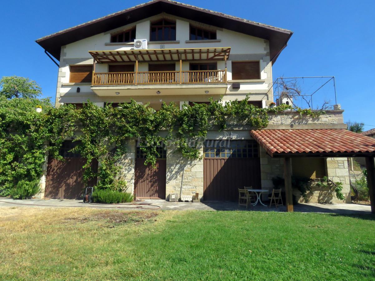 Fotos de elai etxea birding house casa rural en pobes for Casa rural mansion terraplen seis