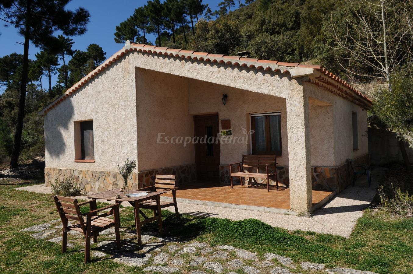 Fotos de casas rurales piedra la ventana casa rural en yeste albacete - Casas de citas en albacete ...