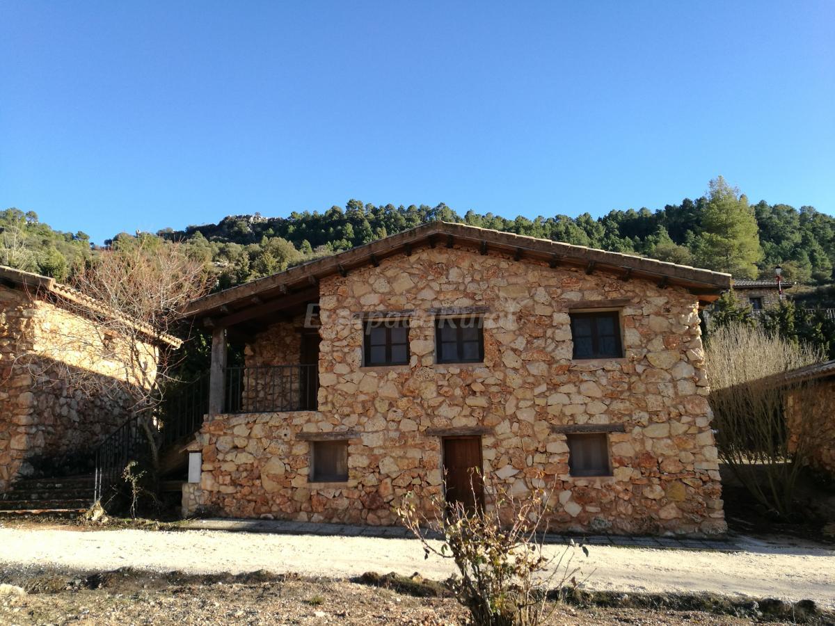 Fotos de caba as del rio mundo casa rural en ri par albacete - Rio mundo casas rurales ...
