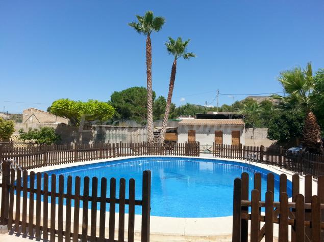 Alicante rural la romana casa rural en la romana alicante for Casas rurales alicante con piscina