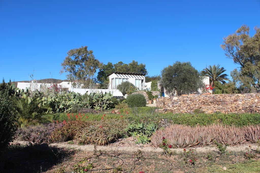Fotos de el jard n de los sue os casa rural en for Casa ciudad jardin almeria