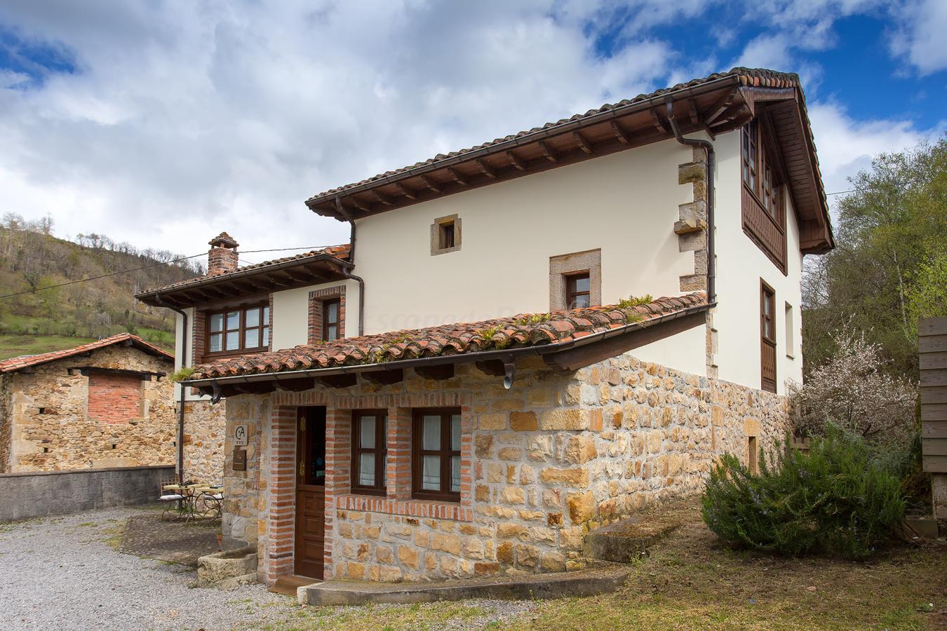 Fotos de casa pandesiertos casa rural en cangas de on s asturias - Casa rural en rupit i pruit ...