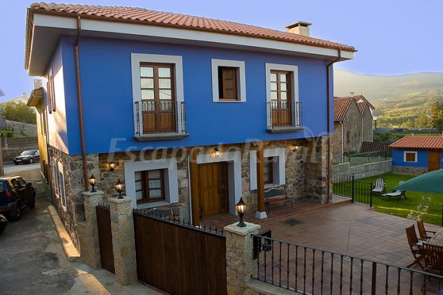 Casa valborraz casa rural en pravia asturias - Casa rural pravia ...