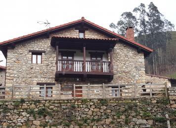 Ca da libre en el naranjo de bulnes - Casa rural pamirandi ...