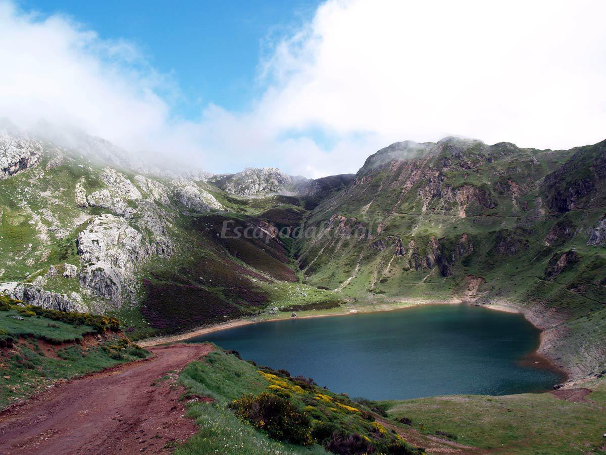 Fotos de apartamentos rurales alba casa rural en somiedo - Fotorural asturias ...