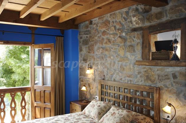 Fotos de apartamentos la prida casa rural en caso asturias - Apartamentos baratos asturias ...