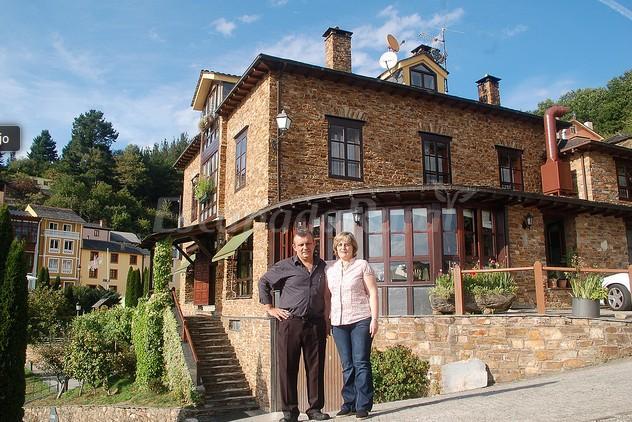 Fotos de hotel casa pedro casa rural en santa eulalia de - Casa pedro santa eulalia de oscos ...