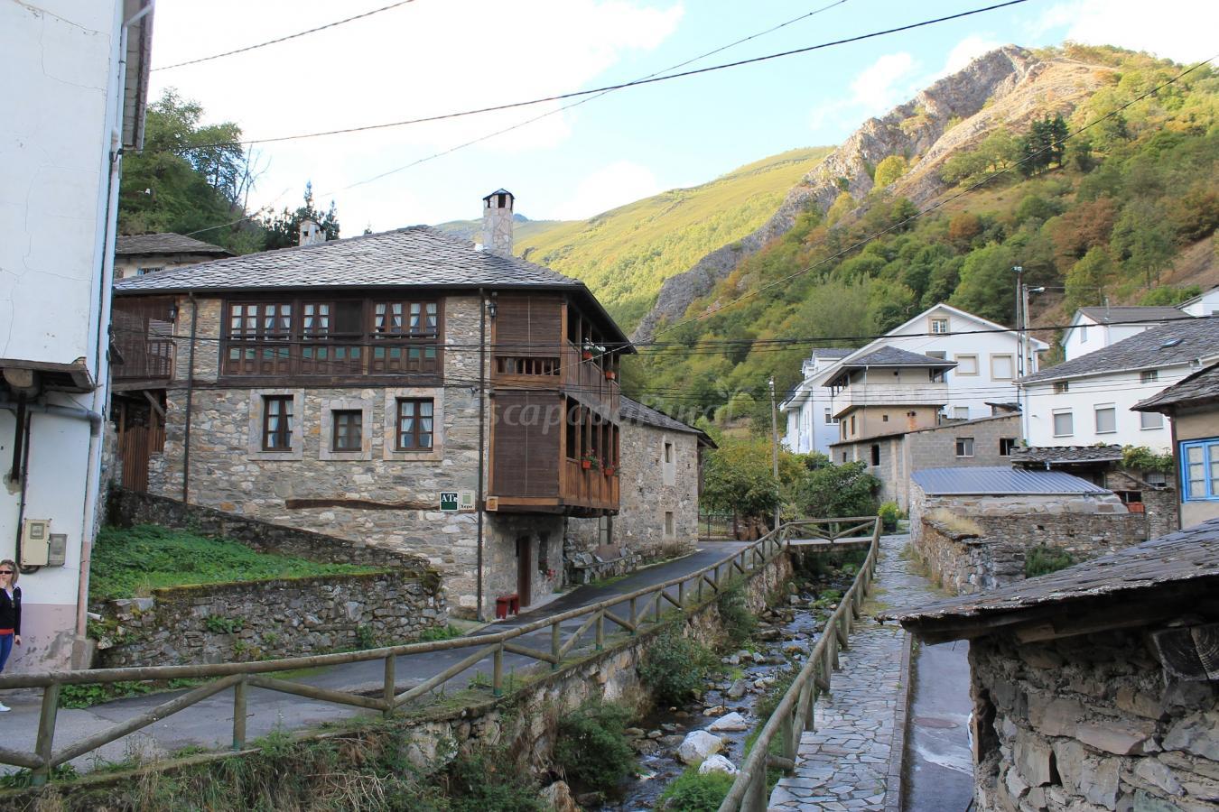 Fotos de apartamentos rurales casa xepo casa rural en - Casas rurales e ...