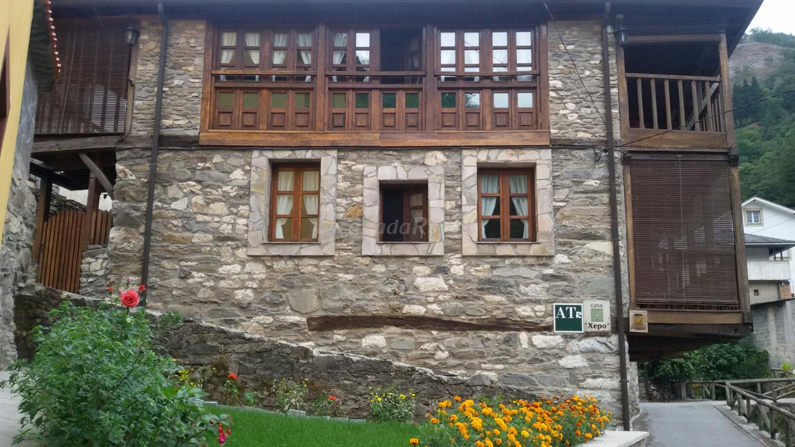 Fotos de apartamentos rurales casa xepo casa rural en cangas del narcea asturias - Apartamentos baratos asturias ...