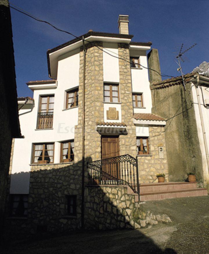 Fotos de calle del medio casa rural en cabrales asturias - Casa rural cabrales ...